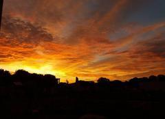 Ciel Mansle 16230  5h 45 le soleil dans les nuages
