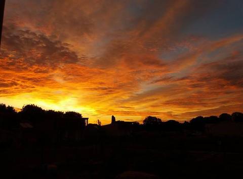 5h 45 le soleil dans les nuages