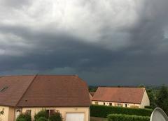 Ciel Toulon-sur-Allier 03400 Arrivée d'un orage