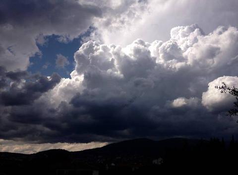Cumuloninbus sur grasse et toute les alpes maritimes ce mercredi après-midi