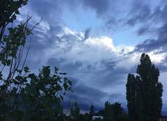Ciel Mours-Saint-Eusebe 26540 Soleil couchant et nuages ce soir