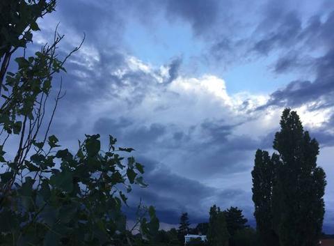 Soleil couchant et nuages ce soir