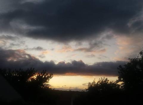 Très beau ciel annonçant la pluie pour la nuit