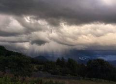 Orage Pierre-Chatel 38119 Rideaux de pluie