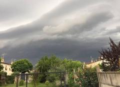 Orage Moulins 03000 Arrivée de l'orage