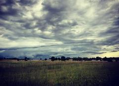 Ciel Saint-Pouange 10120 L'orage arrivant sur le sud-ouest de l'Aube