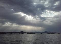 Ciel Toulon 83000 éclairage matinal...
