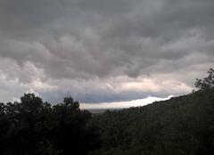 Orage Villelongue-Dels-Monts 66740 Gros nuage