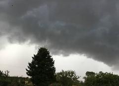 Nuages Saint-Genis-les-Ollieres 69290 L'orage approche !