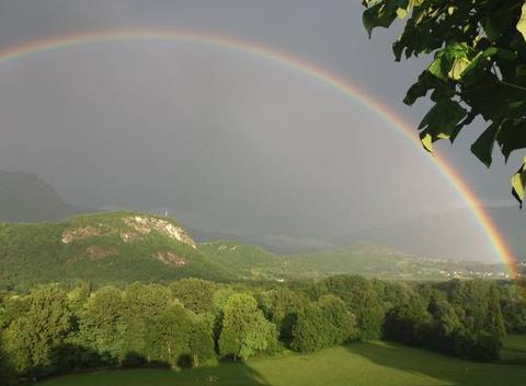 Arc en ciel après l'orage