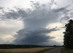 Nuages Rimsdorf 67260 Nuage d'orage isolé