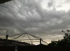 Vent Begles 33130 Début d orage