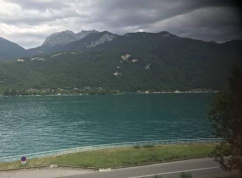 Magnifique vue sur le lac. D'Annecy