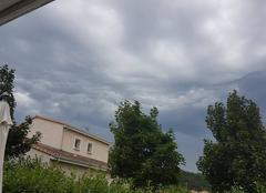 Nuages Saint-Barthelemy-de-Vals 26240 Averses orageuses
