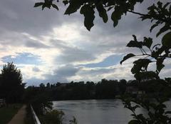 Ciel Bourg-de-Peage 26300 Ciel côté couchant sur les quais d'Isère