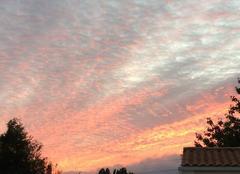 Ciel Chaniers 17610 Couché de soleil sur Saintes