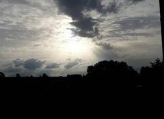 Ciel Saint-Genes-du-Retz 63260 Rayon de soleil