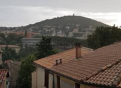 Pluie Manosque 04100 Le Mont d'or sous la pluie
