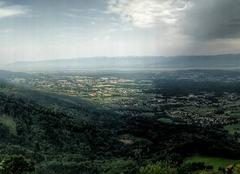 Ciel Habere-Poche 74420 Fessy, LULLY, Cervens, le lac Léman et la Suisse en face
