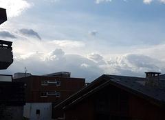 Nuages L'Alpe-d'Huez 38750 Après l'orage