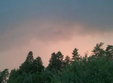 Ciel rouge avant la pluie