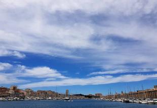Ciel Marseille 13000 Ca se degage
