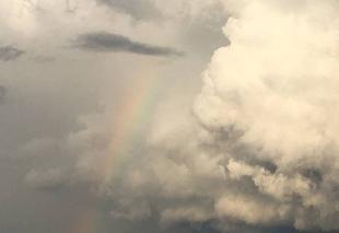 Nuages Rouvres-en-Plaine 21110 Arc en ciel et orage