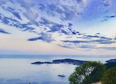 Ciel Villefranche-sur-Mer 06230 Soirée calme