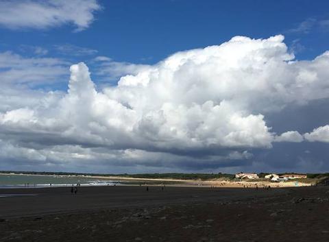L'instant d'un nuage noir