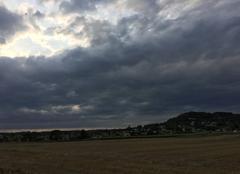 Nuages Mours-Saint-Eusebe 26540 Ciel d'orage au couchant