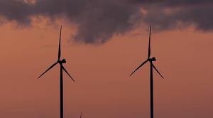 Ciel Auxerre 89000 Les éoliennes s'éveillent