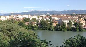 Ciel Romans-sur-Isere 26100 Panoramique de Bourg-de-Péage et de l'Isère depuis le belvédère romançais, vue d'après-midi