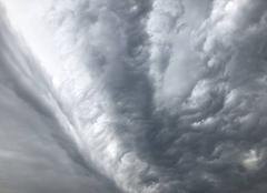 Orage Villerest 42300 Avant l orage