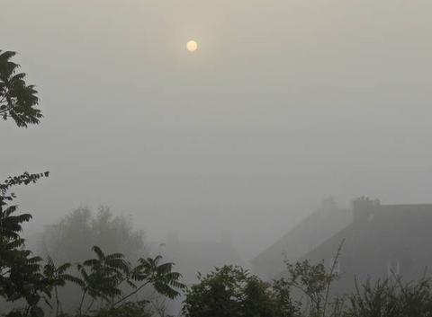 Le brouillard s'installe au petit matin sur Saint Lo
