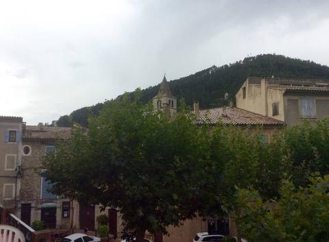 De la pluie sur Sisteron, juste à l'heure, merci à toute l'équipes