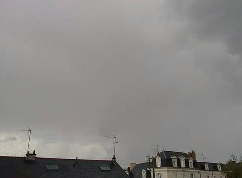 Il fait de l'orage à Angers