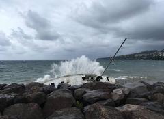 Tempête Schoelcher 97233 Houle ouragan IRMA