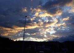 Ciel Oyonnax 01100 Lever de soleil