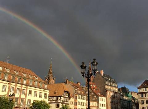 Arc en ciel place Kléber