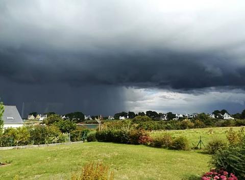 Pluies d'orage dans le Morbihan