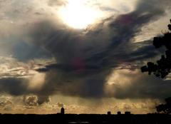 Ciel Niort 79000 Fin de journée sur la ville de Niort