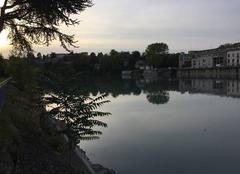 Ciel Bourg-de-Peage 26300 Soleil couchant sur les quais d'Isère