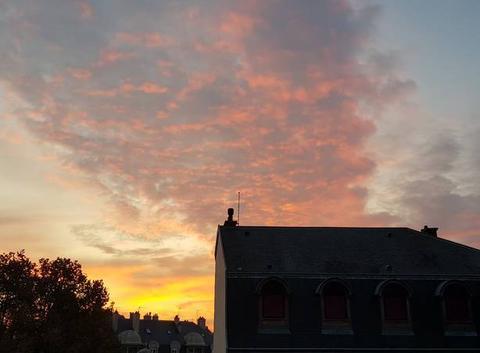 Reims se réveille paisiblement