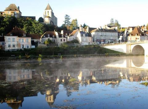 Bords de Creuse, au BLANC (Indre).