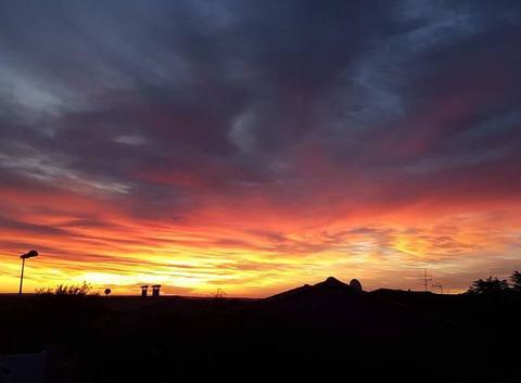 Lever de soleil à ROUJAN dans l'Hérault