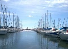 Mer La Londe-les-Maures 83250 UN REPAS SUR LE PORT