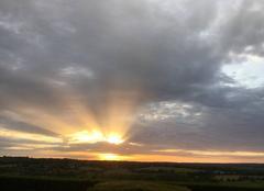 Nuages Bonneville-la-Louvet 14130 Soir d?été avec nuages