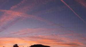 Ciel Anglure-sous-Dun 71170 Contrails a Anglure sous Dun 71170