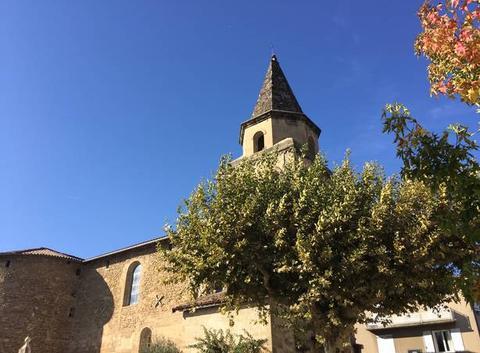 Eglise moursoise sous le soleil