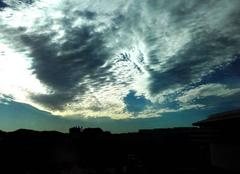 Ciel Toulon 83000 Début de matinée...